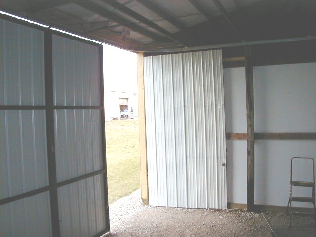 open swinging door 2.jpg (57953 bytes)